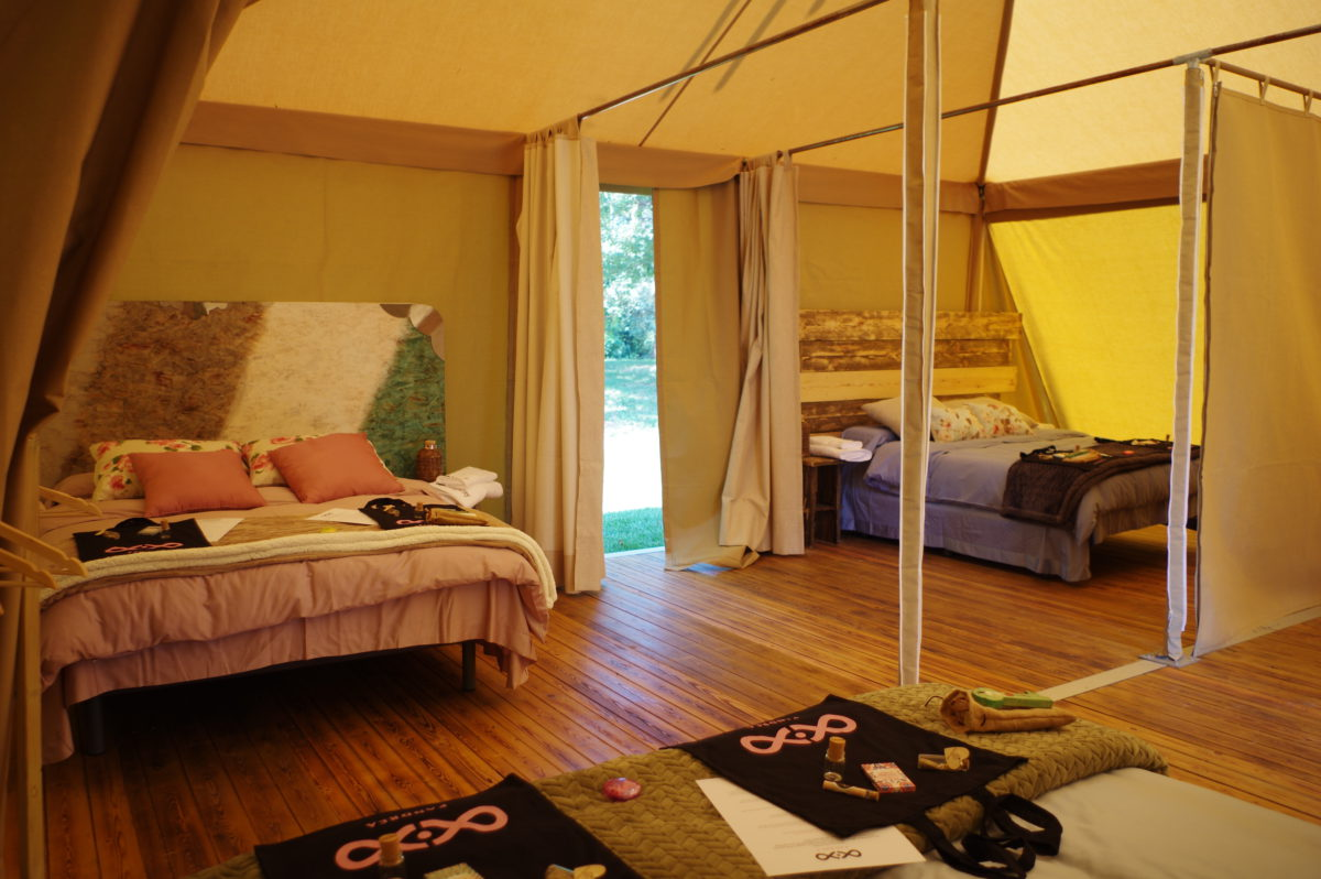 interior tipi tent suite