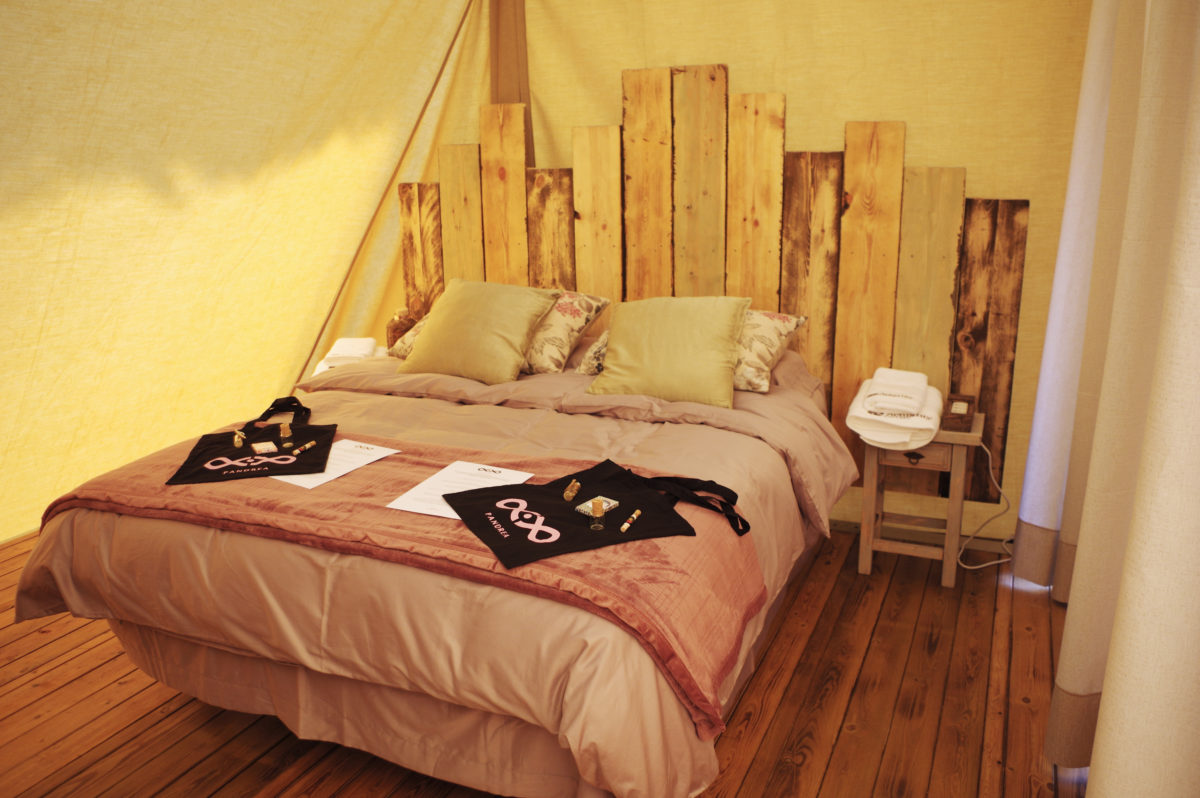 interior tipi tent room
